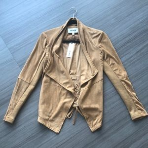 BB Dakota suede jacket 🧥 Sz small